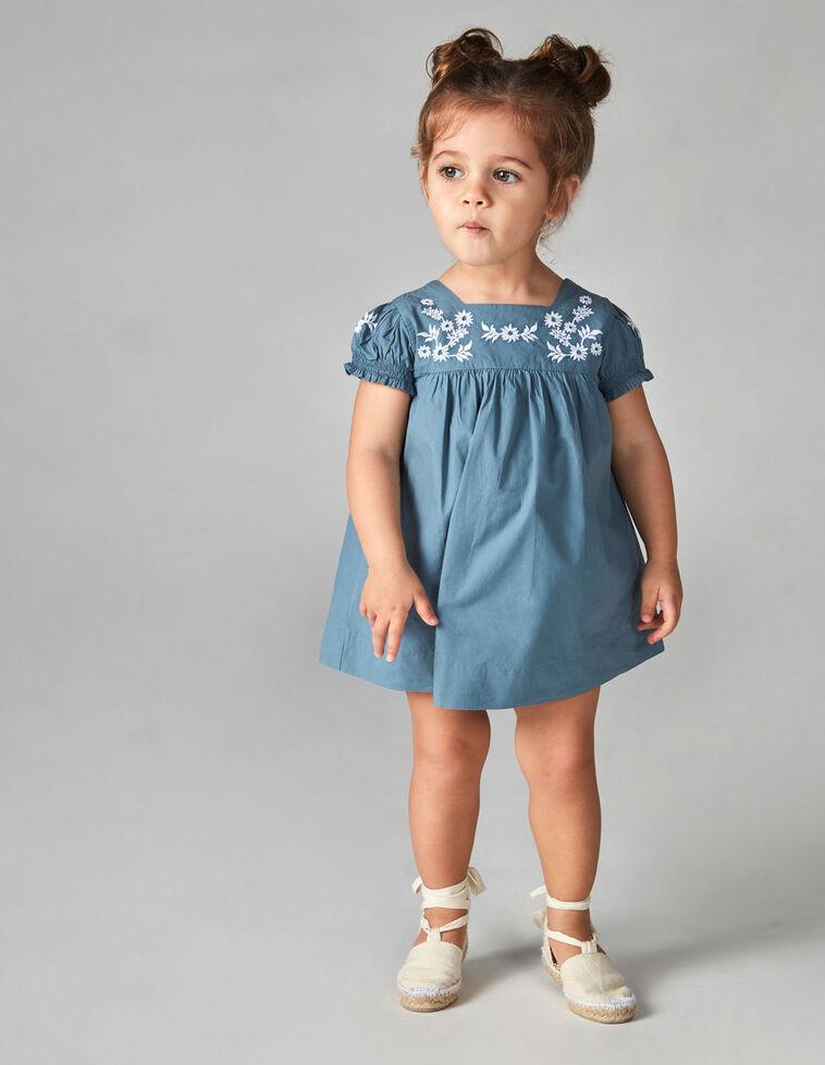 Vestido bordado azul